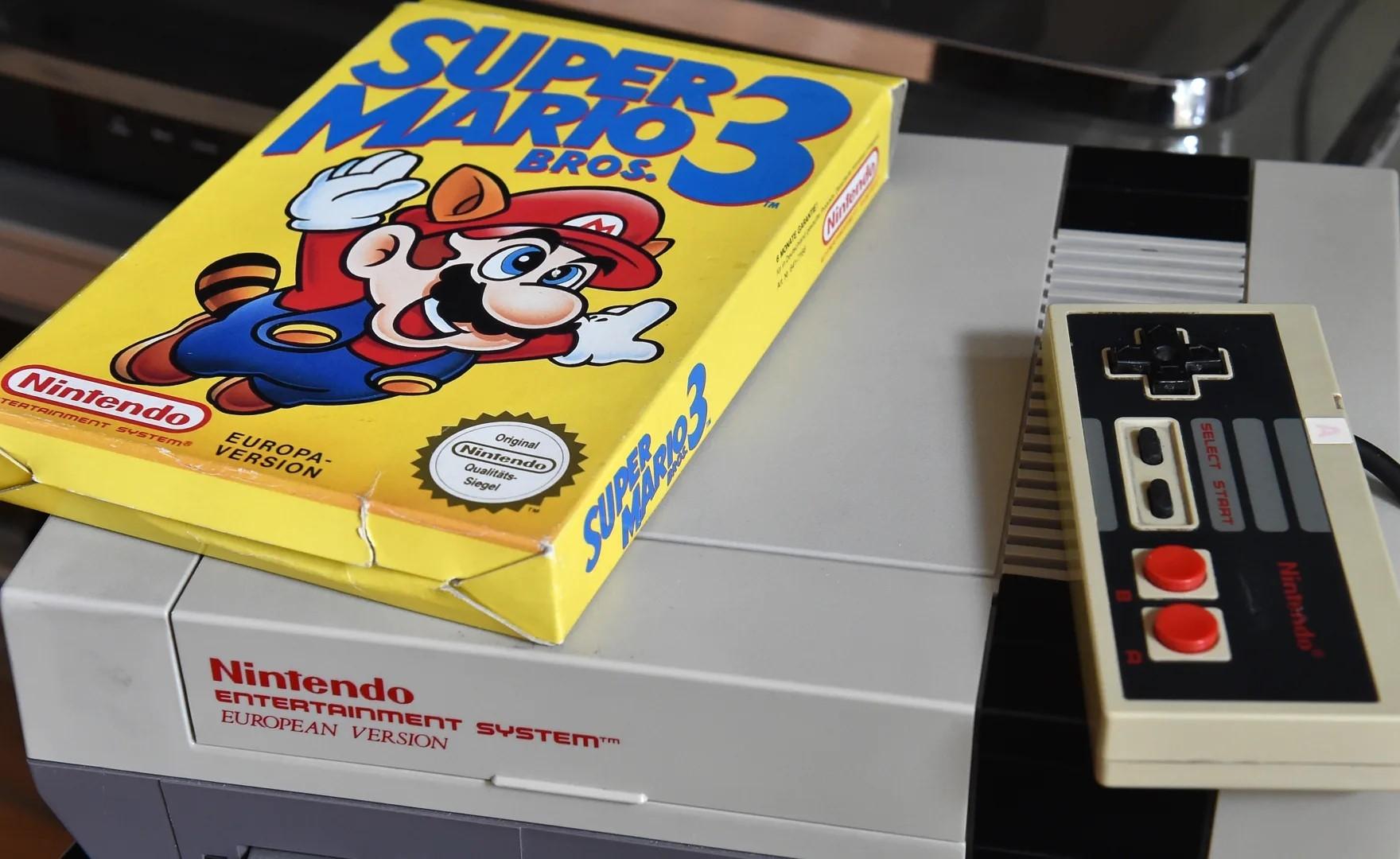 Nintendo: dopo 20 anni una fan completa la sua collezione di giochi NES