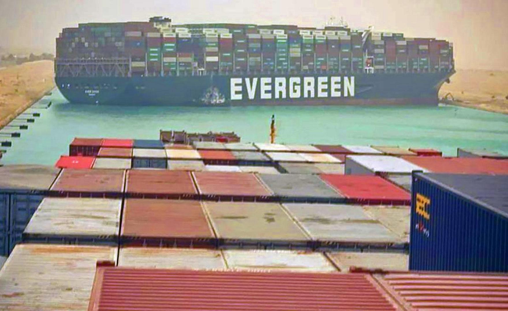 Ever Given: la nave che bloccò il canale di Suez ispira un gioco indie