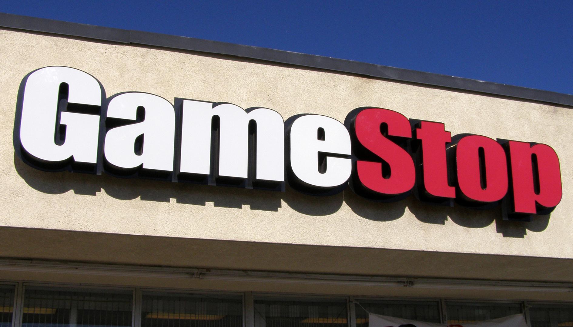 GameStop chiuderà 300 negozi quest'anno