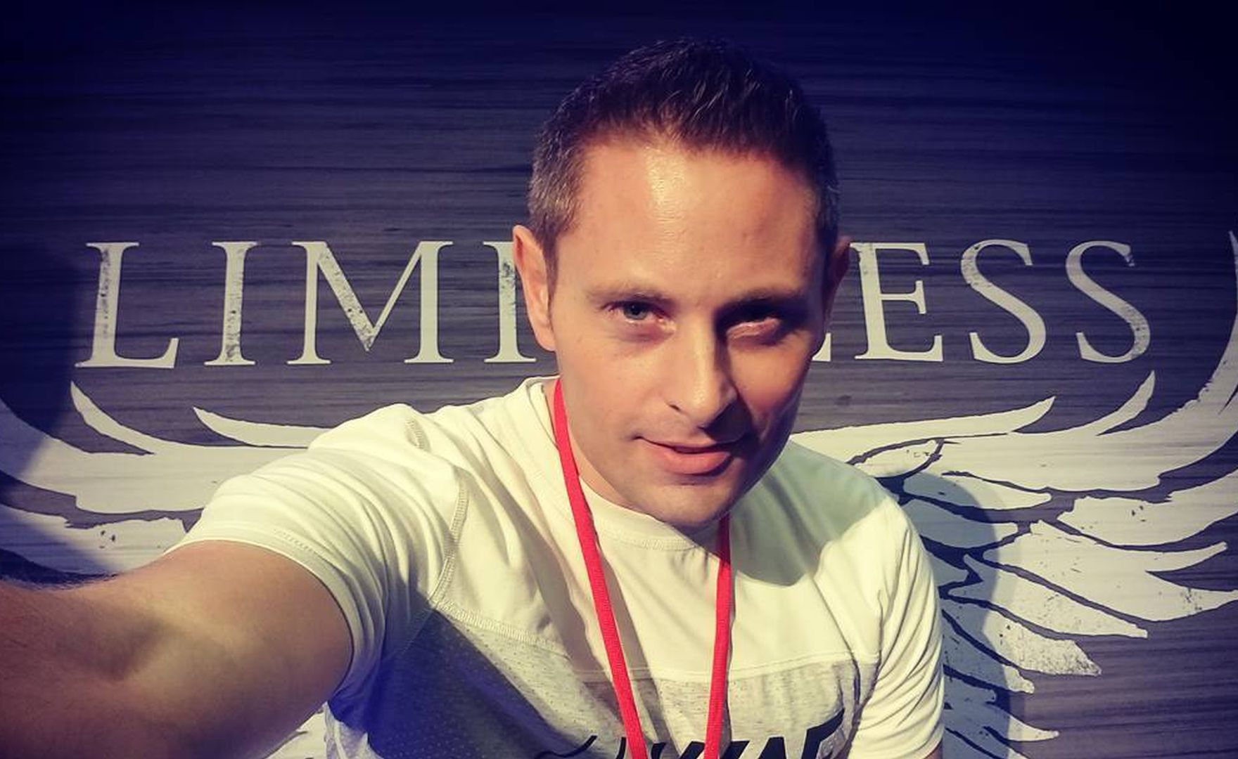 Grant Thompson, youtuber muore in un incidente a 38 anni